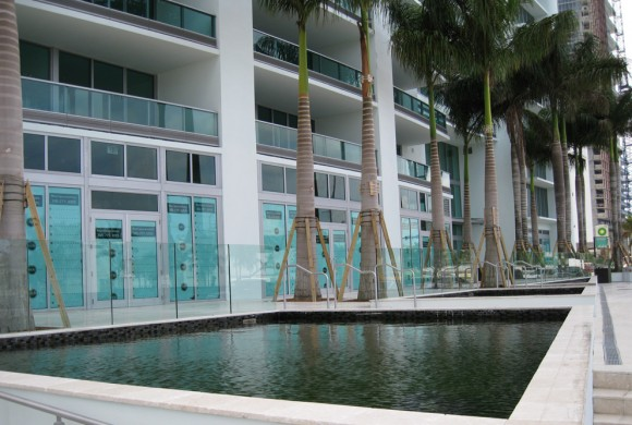 900 Biscayne Condominiums